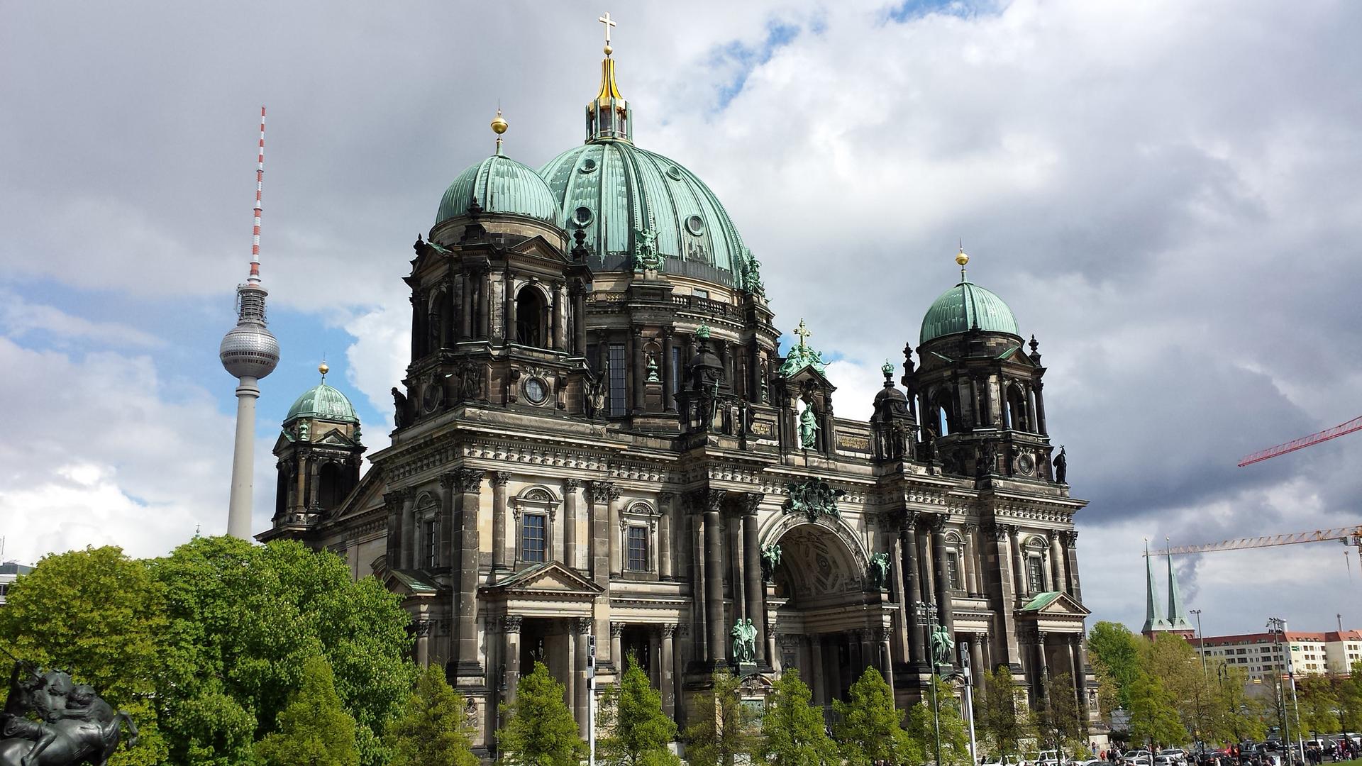 De dom van Berlijn is een van de bezienswaardigheden op de fiets-vaarvakantie. © SE-Tours