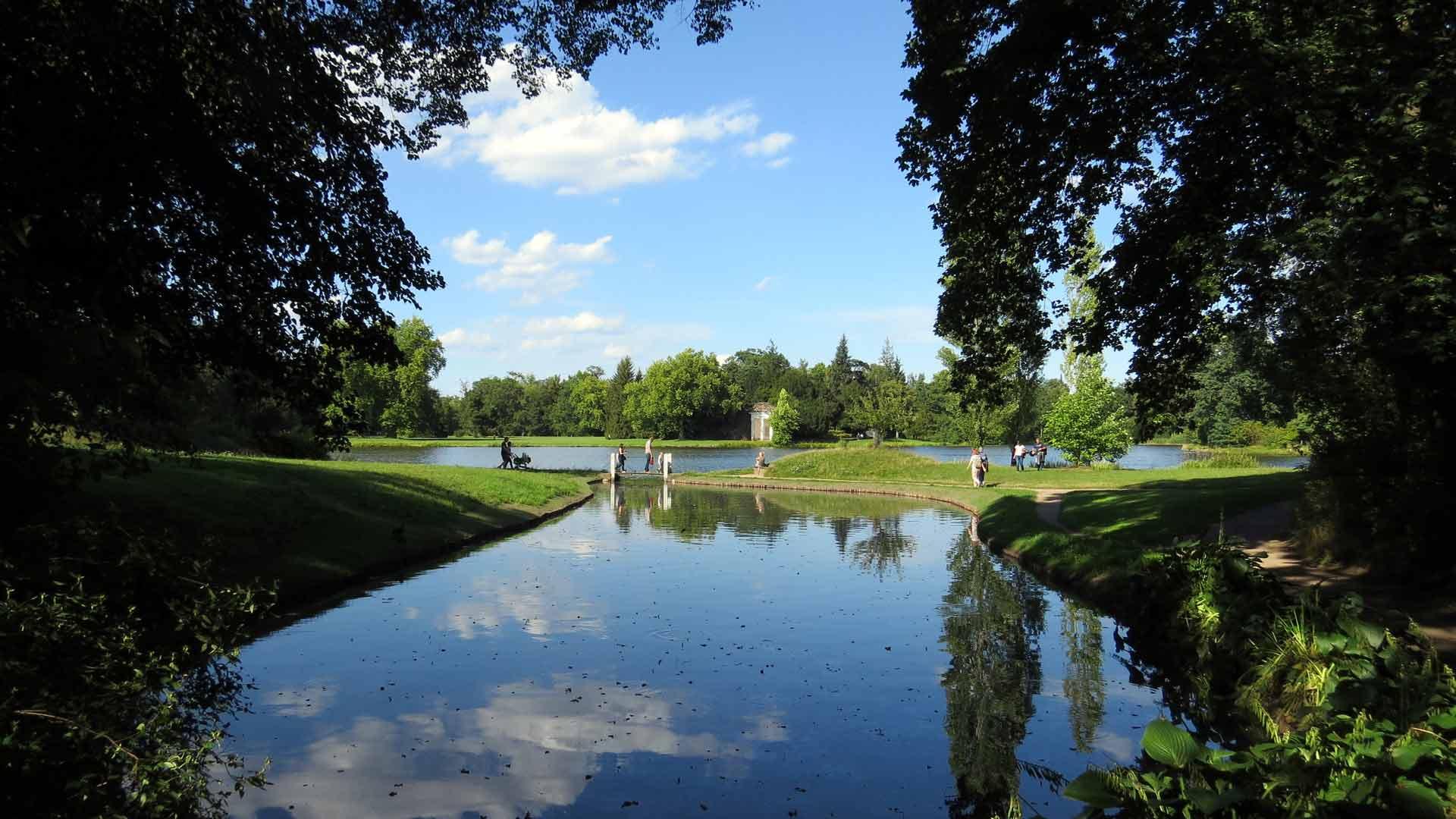 Het indrukwekkende Wörlitzer Park bij Dessau is een Gesamtkunstwerk.