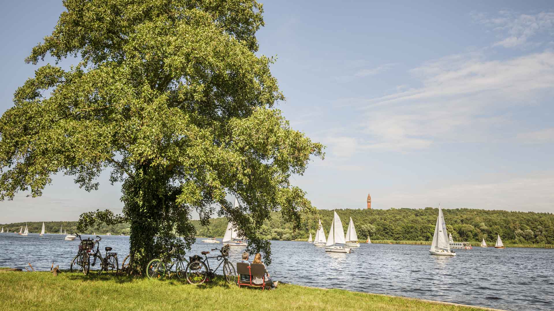 Fietsen langs de Havel bij Spandau