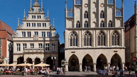 In het stadhuis van Münster werd in 1648 de Vrede van Münster gesloten.