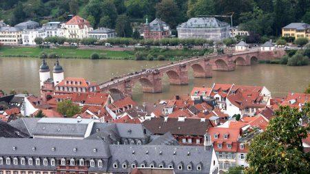 Uitzicht over Heidelberg en de Neckar- een van de highlights op de fiets-vaarvakantie Neckar-Rijn. © Axel Scheibe - SE-Tours