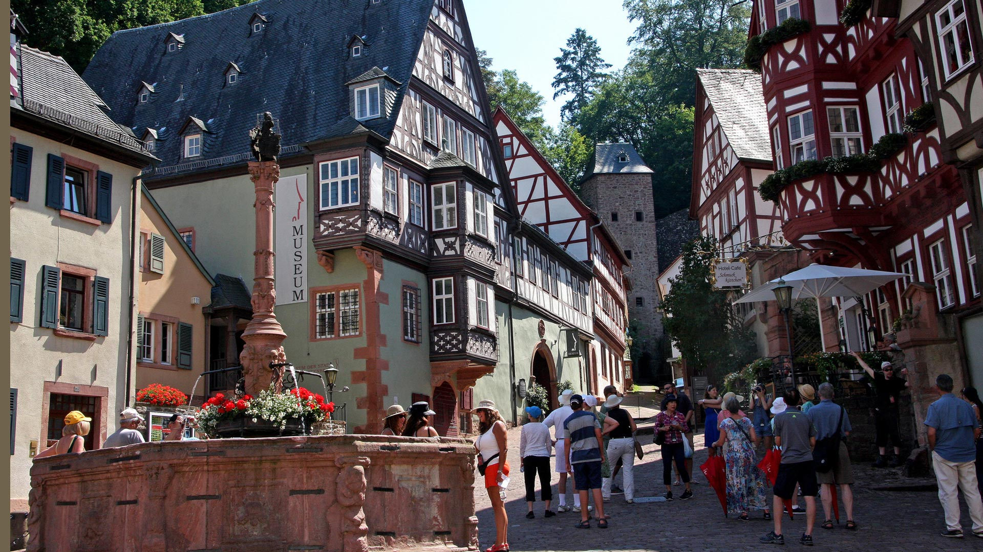 Miltenburg aan de Main. © Axel Scheibe - SE-Tours