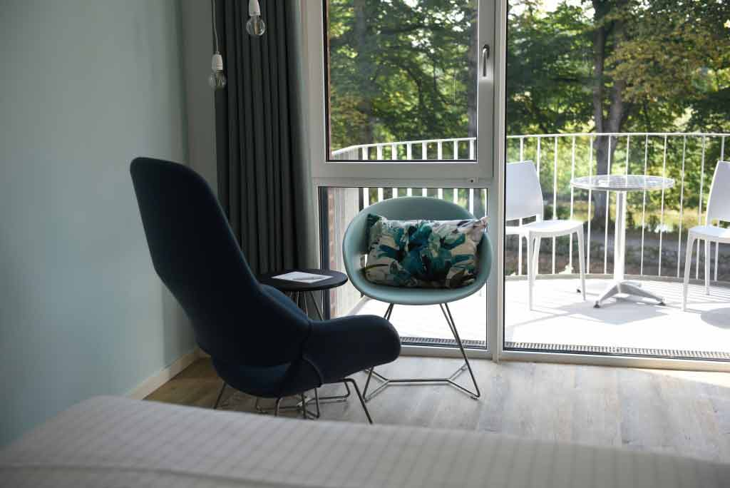 De ruime appartementen van Hotel Steverbett in Lüdinghausen hebben een mooi balkon.