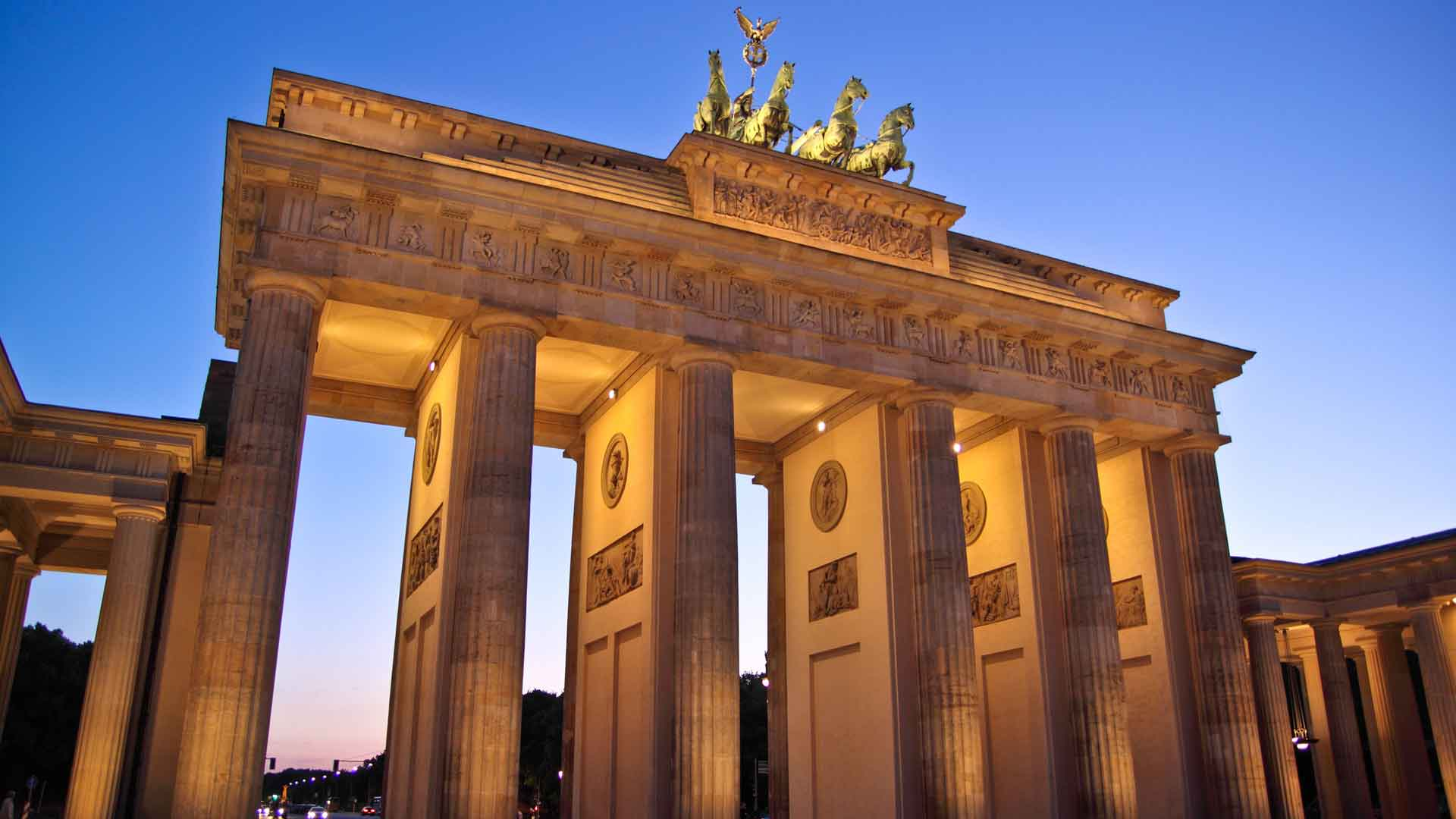Het Brandenburger Tor in Berlijn is het symbool van de hoofdstad van Duitsland.