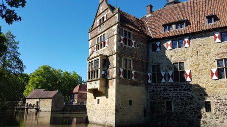 Burg Vischering in Lüdinghausen is een middeleeuwse burcht in een renaissance jasje