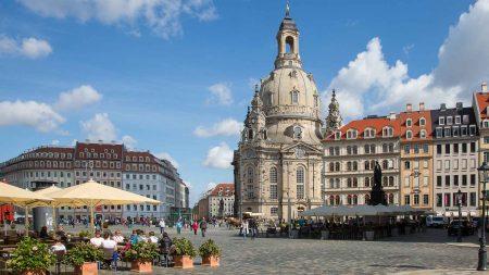 De Liebfrauenkirche in Dresden mag je niet missen tijdens je fietsvakantie in Dresden.