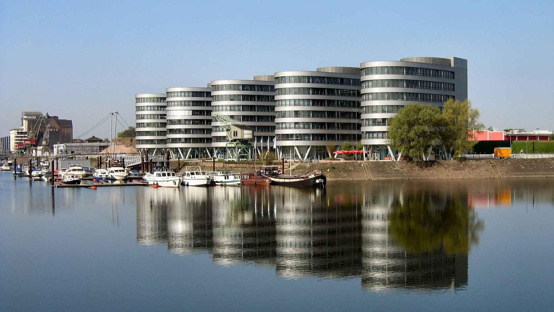 De oude haven van Duisburg is inmiddels een echte hotspot.
