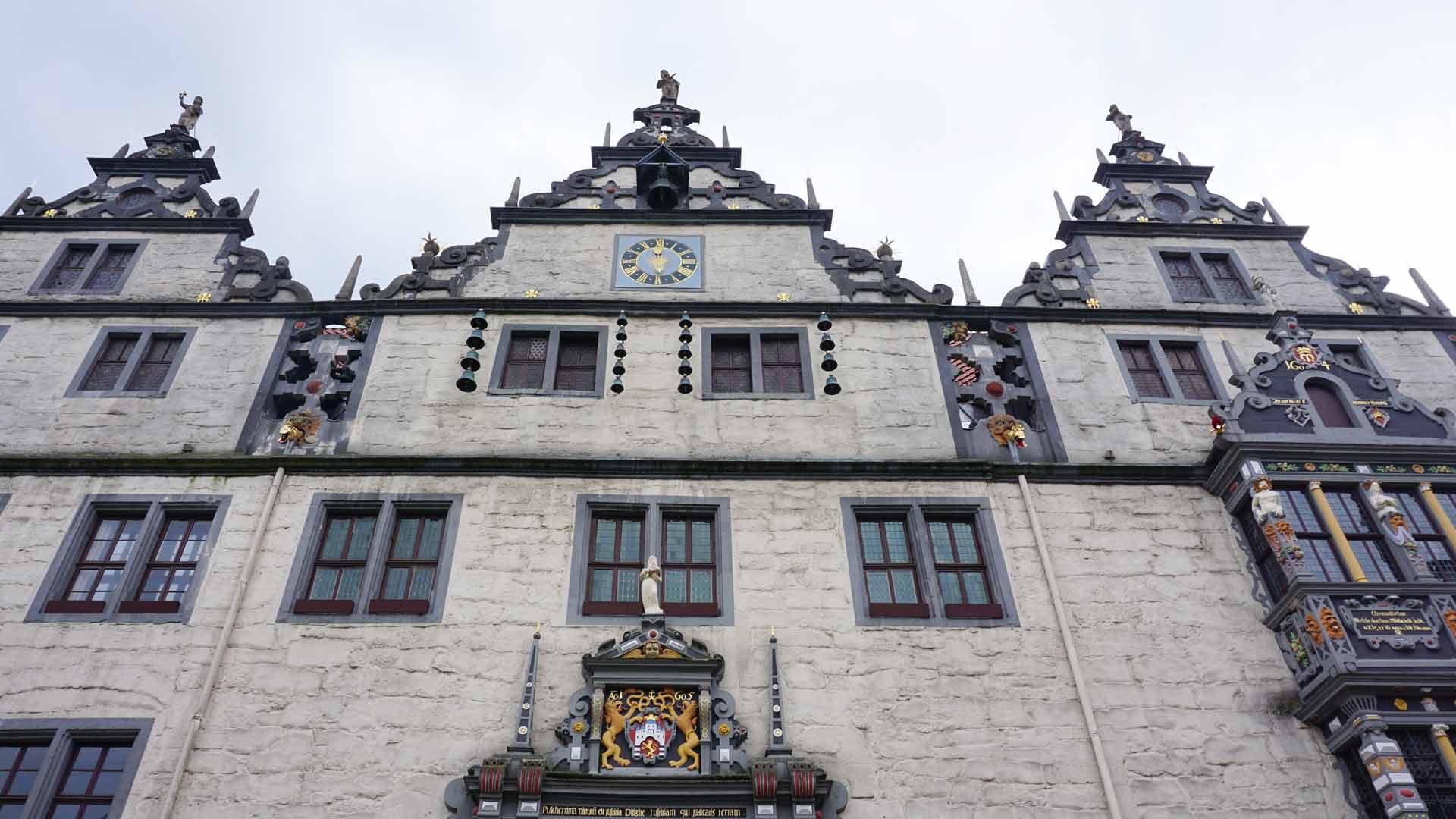 Het stadhuis van Hann. Münden is in de stijl van de Weserrenaissance.