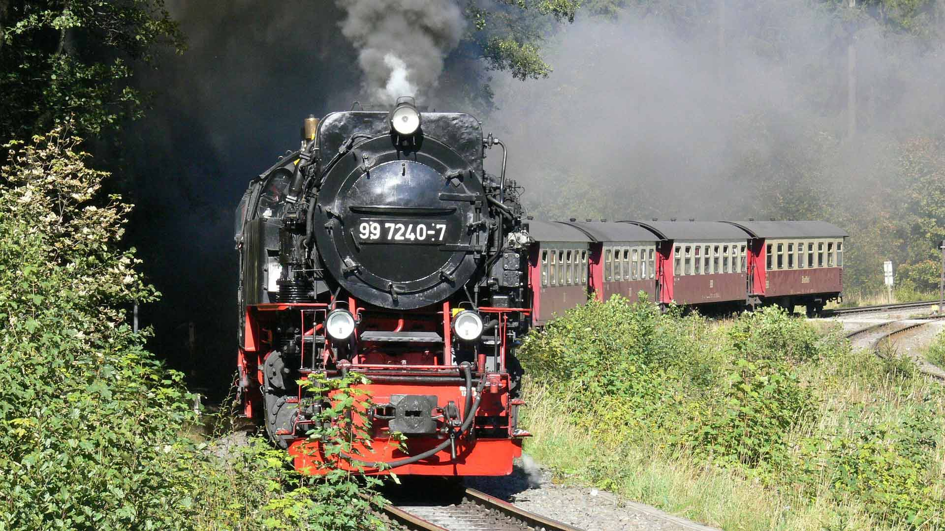 Met de legendarische Brockenbahn kun je omhoog naar de hoogste berg in Noord-Duitsland.