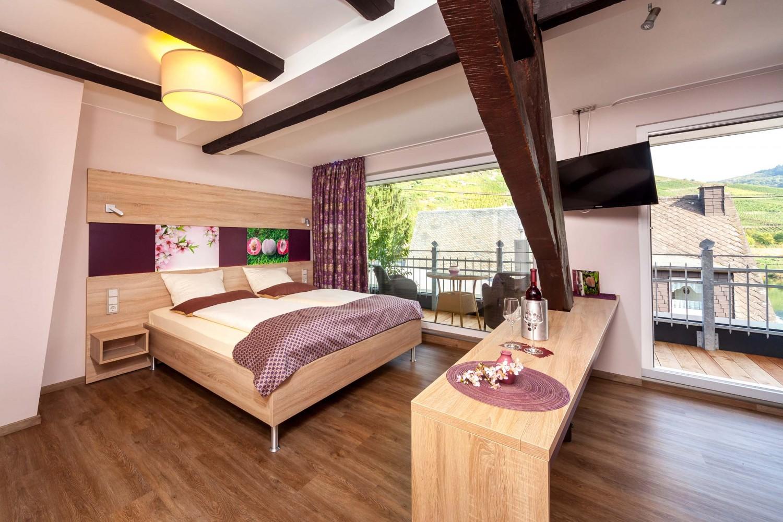 Voorbeeld van hotelkamer met balkon in Hotel Halfenstube