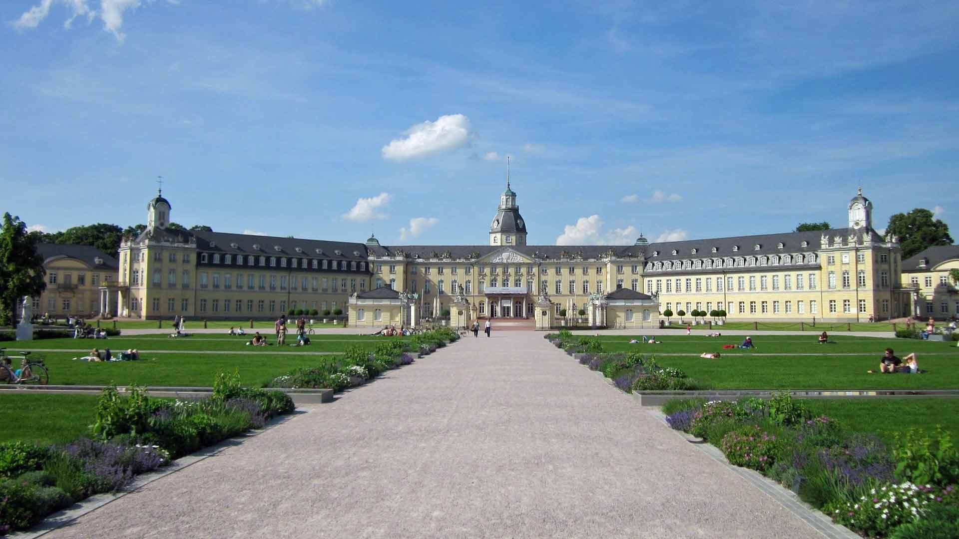 In het slot van Karlsruhe is tegenwoordig het Landesmuseum gevestigd.