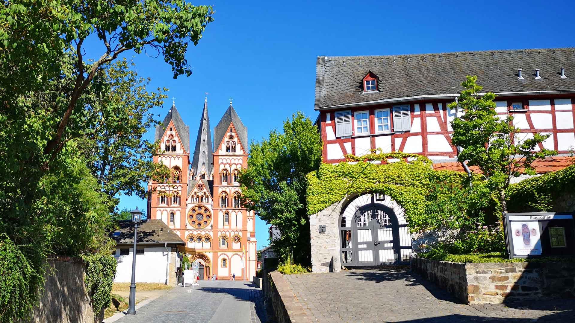 Zo pittoresk is Limburg aan de Lahn.