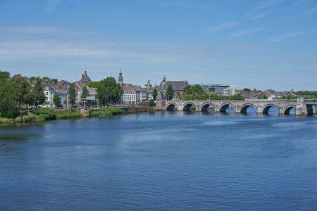 Maastricht is een prachtige stad tijdens de 3 landen fietsvakantie door Duitsland, Nederland en Belgie.