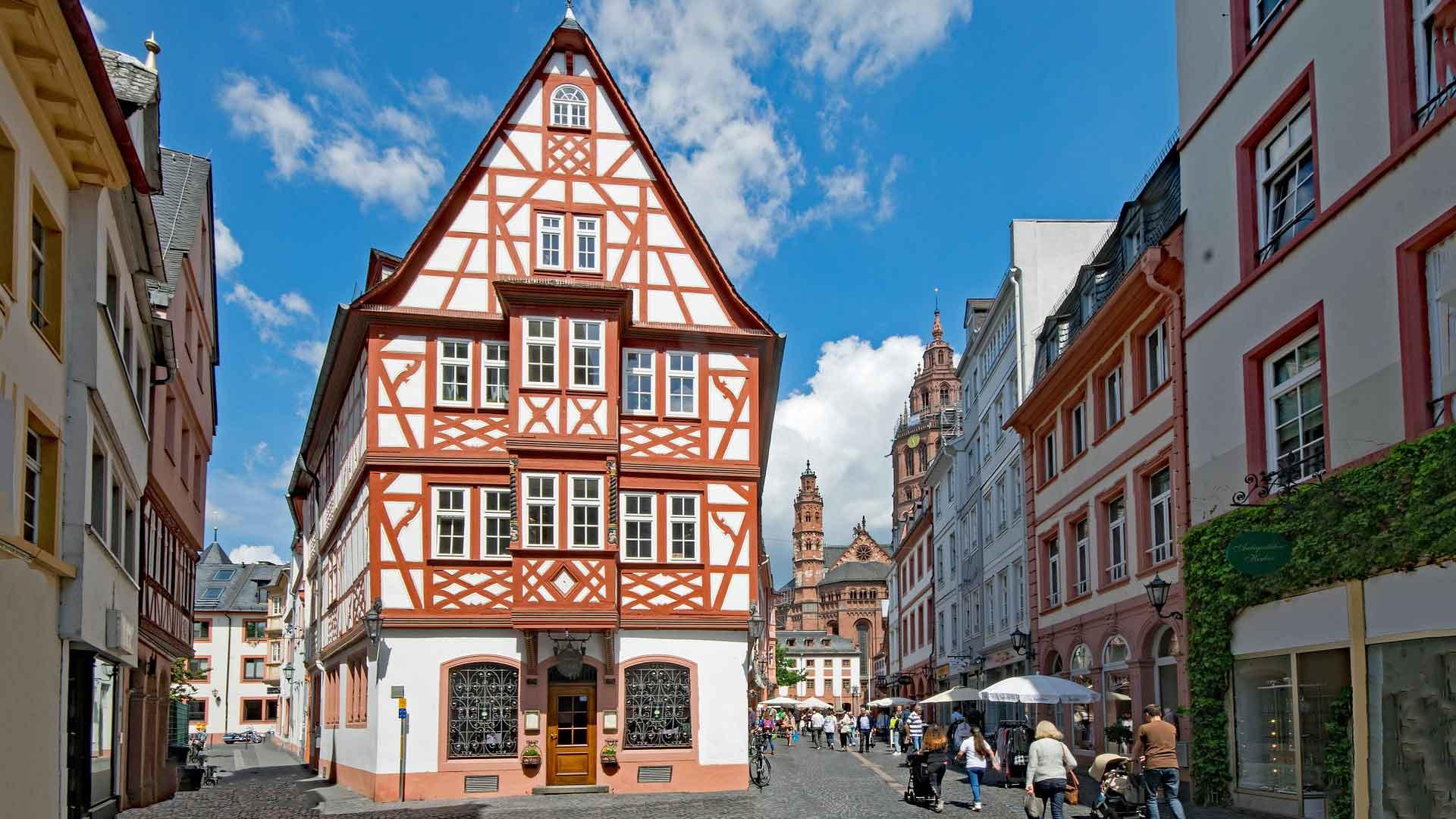 In het centrum van Mainz vind je ook mooie vakwerkhuizen.