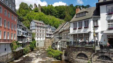 Monschau in de Eifel is bijzonder fotogeniek.
