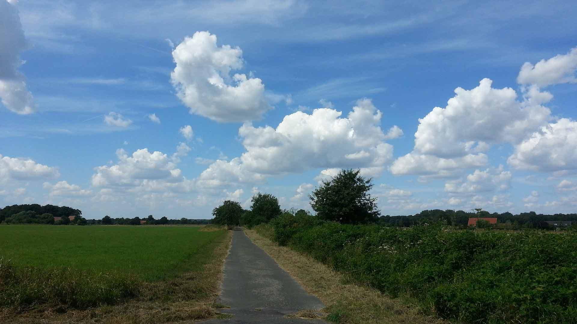 Pättkes, zo worden in het Münsterland dit soort paden genoemd.