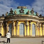 Een bezoek aan slot Sanssouci is een must tijdens je fietsvakantie in Potsdam. digheid van Potsdam