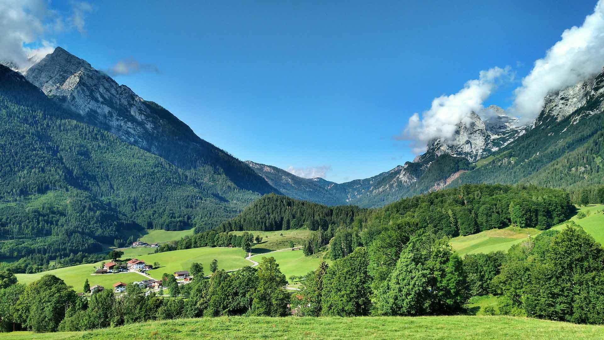 Het Alpenlandschap rond Schneitzlreuth