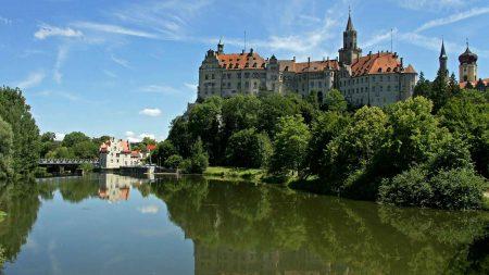 Het kasteel van Sigmaringen wordt nog steeds door de adellijke familie bewoond.