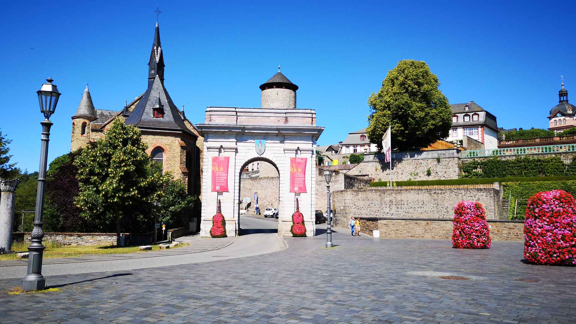 De stadspoort van Weilburg.