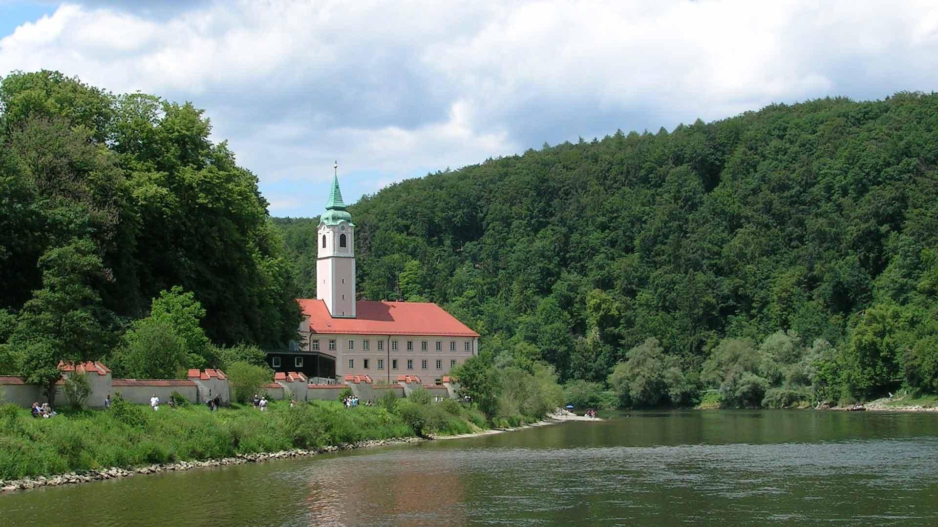 Het beroemde klooster Weltenburg ligt direct aan de Donau.