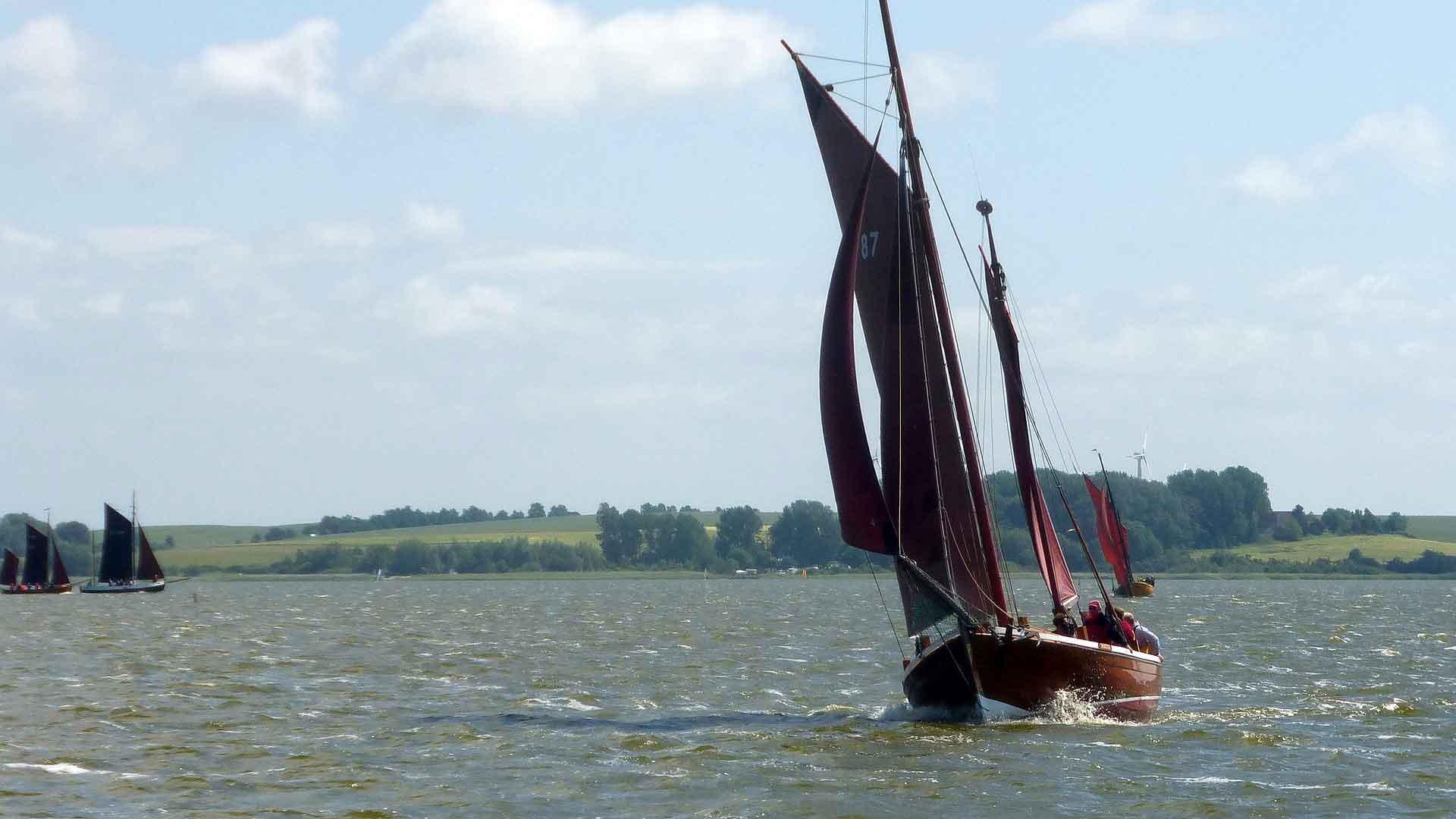 Tip: maak een tochtje met een zogenaamde Zeesboot over de Bodden.